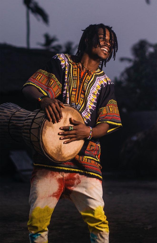 Photo: Nate Greno. afrique nouvelle musique africa new music toronto canada art arts african congo congolese arthur tongo thomas tumbu festival bana y'afrique canadian youth artisitc festival relève musique artistique danse dance drummer